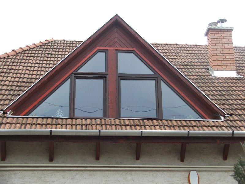 ablak, ablakok, redőnyök- műanyag ablakok, fa ablakok, műanyag ...